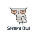 沉睡的貓頭鷹Logo
